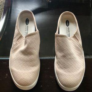 Women's slide tennis shoe